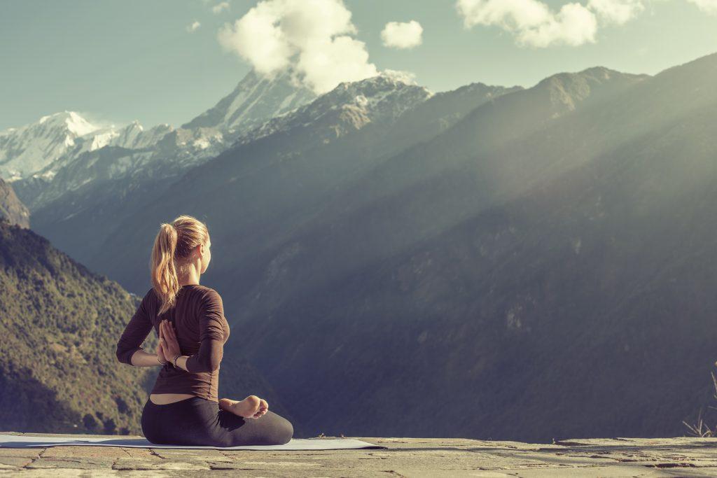 Seance de yoga en montage