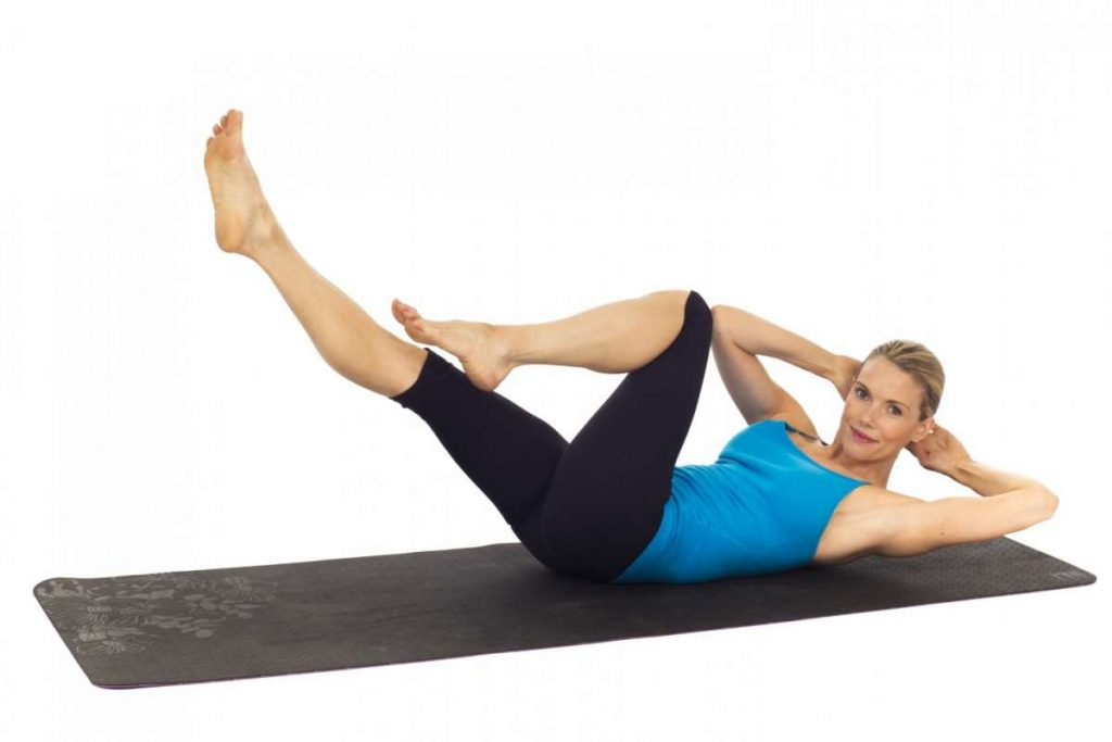 Exercice de Pilates intermédiaires : Le Criss Cross