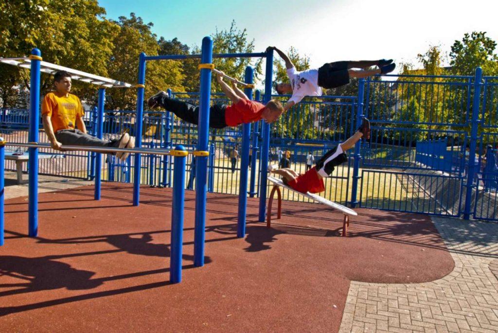 Ou faire du sport à Paris, les meilleurs spots de street workout
