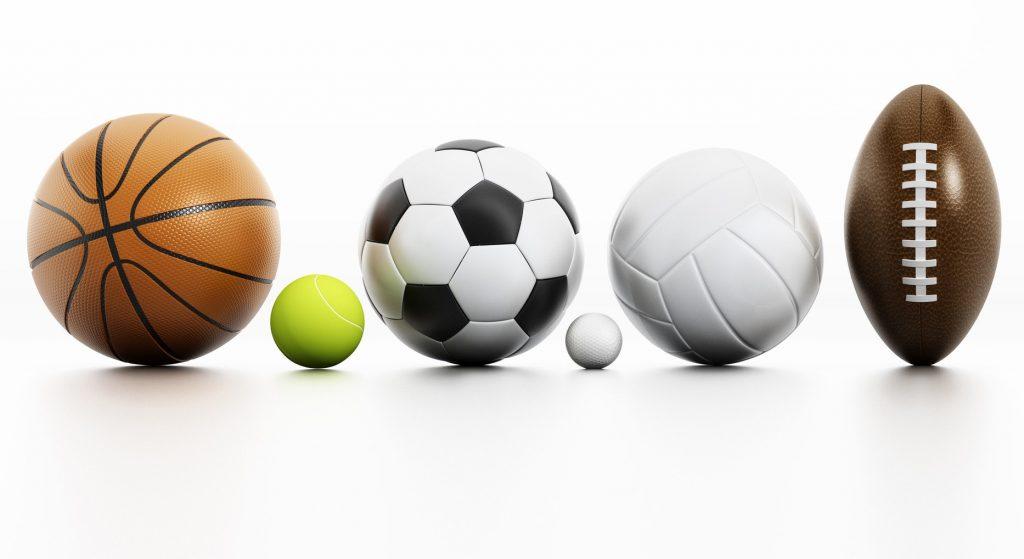 Différent ballons utilisés pour le sport collectif