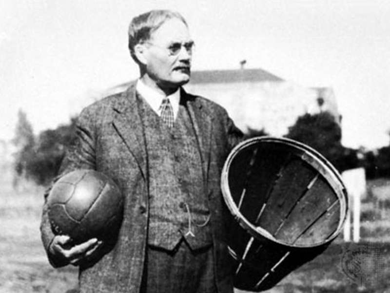 Entraineur de basketball : James NAISMITH
