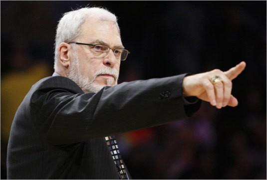 Entraineur de basketball : Phil Jackson
