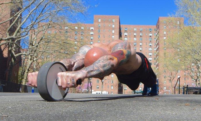 Matériel de sport : exercices Ab Wheel