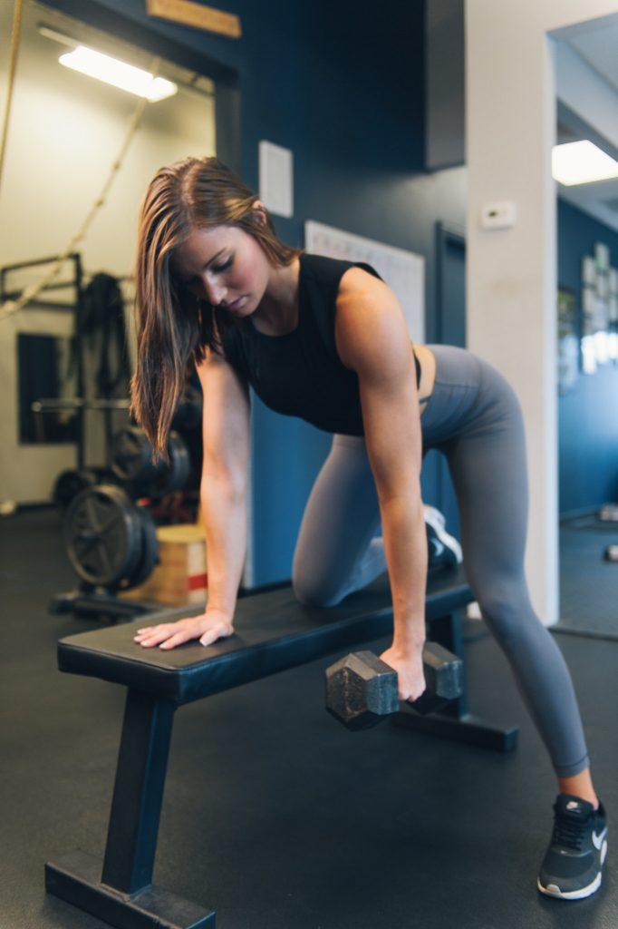 Programme renforcement musculaire haut du corps : rowing