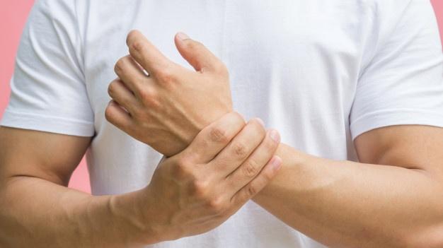 blessures en renforcement musculaire : tendinite du poignet