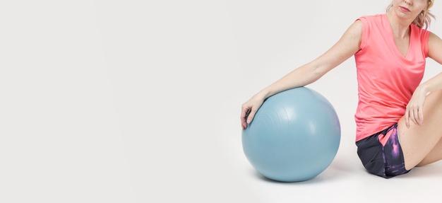 ballon paille matériel Pilates Mat