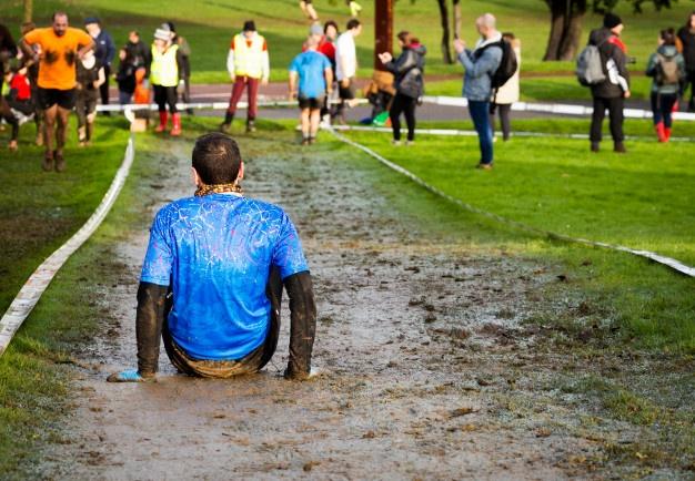 sportifs durant le Mud Day