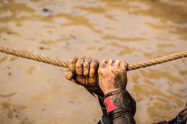 Préparation à une épreuve du Mud Day