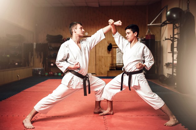 échauffement sport de combat en deux