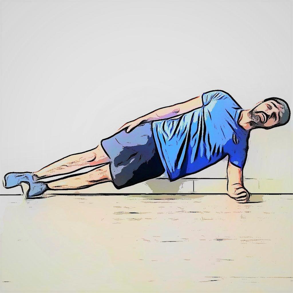 du gainage latéral pendant une séance de cross training