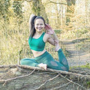 Yoga sur        Loos